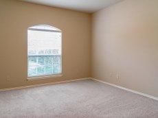 nowe puste mieszkanie