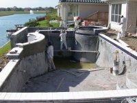 basen w budowie